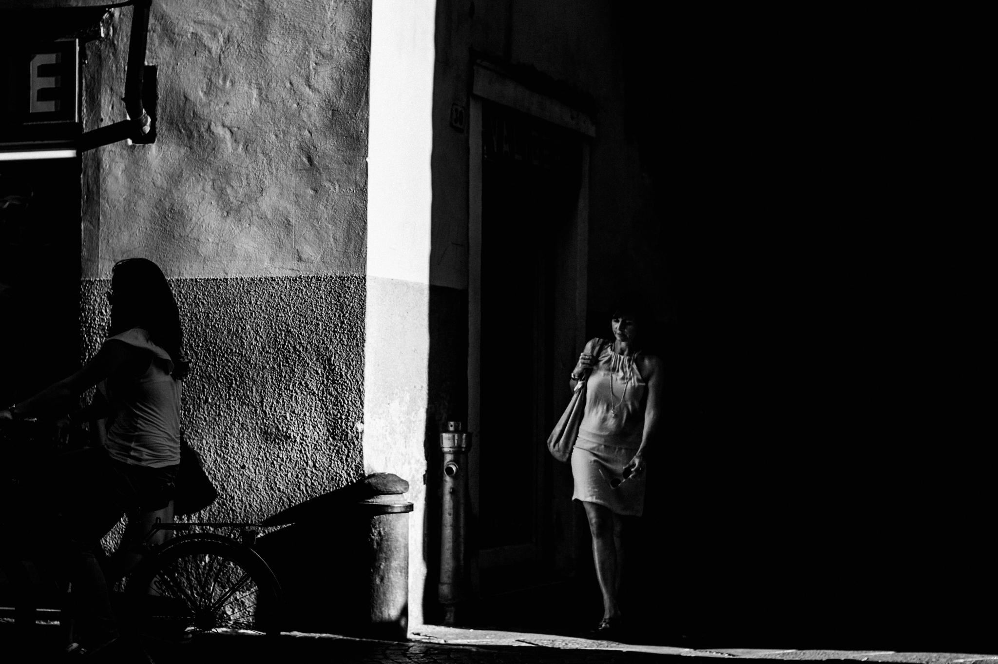 Progetto fotografico – Nell'ombra